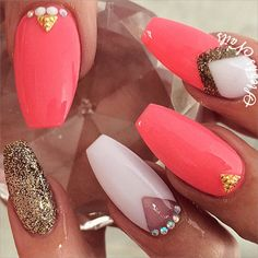 Stephanie Loesch @_stephsnails_ #coralnails#longn...Instagram photo | Websta (Webstagram)