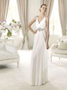 Fashion V-neck A-line Open Back Wedding Dress with Embroidered Waist
