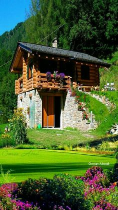Bramberg am Wildkogel, Austria ~. Stone Cottages, Cabins And Cottages, Stone Houses, Wooden House Design, Tiny House Design, Village House Design, Village Houses, Stone Cabin, Tiny House Cabin
