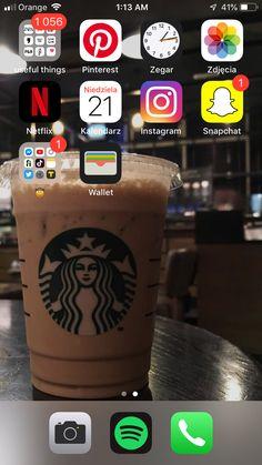 Organize Apps On Iphone, Cute Home Screens, Supreme Iphone Wallpaper, Phone Organization, Organization Ideas, Iphone App Layout, Ideas Para Organizar, Starbucks, Homescreen