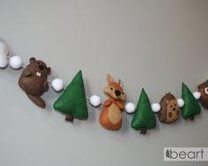 Woodland felt small animals nursery garland beaver | Etsy Forest Decor, Forest Theme, Felt Animals, Small Animals, Flower Nursery, Felt Decorations, Animal Nursery, Squirrel, Nursery Decor