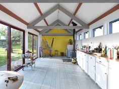 Threefold Architects, The long studio, atelier per artisti, Norfolk, Inghilterra 2012 Art Studio Design, My Art Studio, Dream Studio, Home Studio, Studio Spaces, Studio Ideas, Studio Layout, Studio Kitchen, Garage Studio