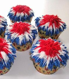 Beautiful crafts, recipes + entertaining ideas with fireworks and sparklers + safety tips for the Fourth of July