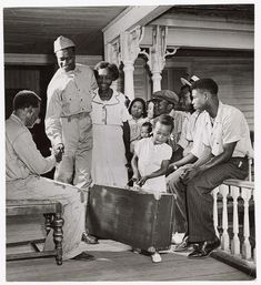 Vintage Images of African American Families We Love! - Black Southern Belle Best Home Hair Color, Southern Belle, Vintage Images, Our Love, American History, Families, Have Fun, African, Couple Photos