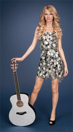 Taylor Swift Wax Figure, Madame Tussauds New York. The costume worn by Taylor& wax Taylor Swift Costume, Tussauds London, Wax Museum, Madame Tussauds, Amy Winehouse, Taylor Alison Swift, Celebs, Celebrities, A Team