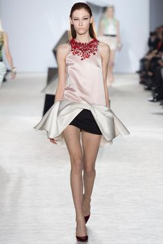 Giambattista Valli Spring 2014 Couture Collection - Vogue