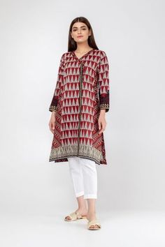 Stylish Khaadi Winter Embroidered Kurta Styles For Yr 19 with Prices Pakistani Fashion Casual, Pakistani Dress Design, Pakistani Outfits, Pakistani Clothing, Girls Fashion Clothes, Summer Fashion Outfits, Women's Fashion Dresses, Girl Fashion, Dress Designs For Girls