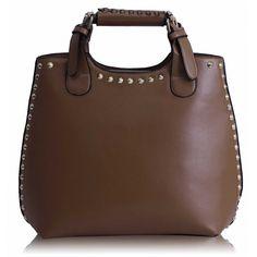 Barva kabelky: hnědá. Velikost 31 x 32cm. Dlouhý popruh, zapínání na zip a otevřené vnitřní přihrádky.