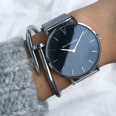High Quality & Stylish Watches - The Paul Valentine, Pearl Silver Mesh. Featuring Stainless Steel & one of the finest stainless steel Mesh straps available. Trendy Watches, Best Watches For Men, Jewelry Accessories, Fashion Accessories, Fashion Jewelry, Skeleton Watches, Seiko Watches, Silver Pearls, Luxury Watches