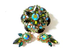 Beau Jewels Brooch and Earring Set set with Green Prong Set Stones