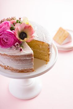 What's a Naked Cake (and Why Is It Naked?) — Internet Phenomenon