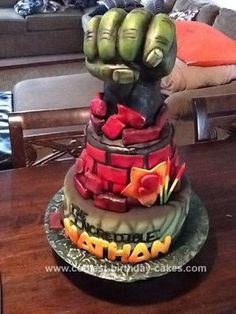 hulk cake Superhero Cakes Pinterest Riddere og Drager