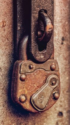 Door Knobs And Knockers, Knobs And Handles, Door Handles, Under Lock And Key, Key Lock, Old Doors, Windows And Doors, Old Keys, Peeling Paint