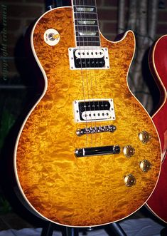1995 GIBSON Les Paul Standard Custom Shop 59 Reissue guitar with beautiful blister maple 10 top. by eric_ernest, via Flickr                                                                                                            1995 GIBSON Les Pau..