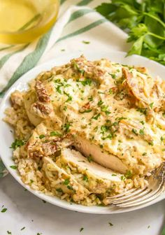 Easy creamy Italian chicken skillet served over brown rice on a white plate Healthy Chicken Tacos, Healthy Chicken Dinner, Easy Healthy Dinners, Healthy Chicken Recipes, Braised Pork Chops, Brown Rice Cooking, Creamy Italian Chicken, Chicken Skillet Recipes, Cooked Cabbage