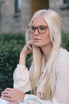 Cheap Eyeglasses, Eyeglasses For Women, Sunglasses Women, Blonde With Glasses, Girls With Glasses, Womens Glasses Frames, Blonde Fashion, Cute Glasses, Wearing Glasses