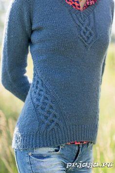 Пуловер спицами реглан