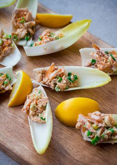 Endive spears with smoked trout. An elegant, easy appetizer for the holiday season! Trout Recipes, Seafood Recipes, Appetizer Recipes, Cooking Recipes, Endive Appetizers, Salmon Recipes, Smoked Trout, Smoked Fish, Smoked Salmon