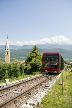 Mendelbahn (takes you to St. Anton, near Caldaro, and back again) - Caldaro sulla Strada del Vino, Italy