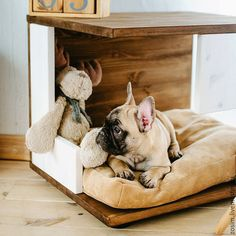 5 Great Tips on Building a Dog House Big Dog Beds, Cool Dog Beds, Pet Beds, Dog House Plans, Build A Dog House, House Dog, Custom Dog Beds, Pet Hotel, Dog Furniture