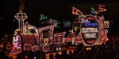 The Main Street Electrical Parade Returns to Disneyland for the First Time in 21 Years