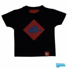 Cotton's dark blue t-shirt with 2fabrics applications and a button/T-shirt azul escura, de algodão, com a aplicação de 2 tecidos e botão by BebuzzyandFriends, €15.00