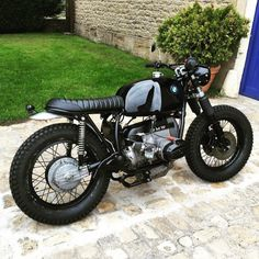 R Scrambler - overboldmotorco: Some really nice lines on...