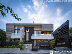 The Waterfall House - Buildofy Indian Architecture, Amazing Architecture, Contemporary Architecture, House Architecture, Best Modern House Design, Cool House Designs, Porches, Waterfall House, Space Race