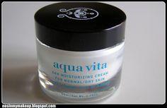 NOSINMYMAKEUP: Aqua vita de Apivita