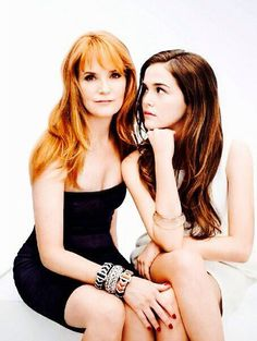 Zoey Deutch and Lea Thompson