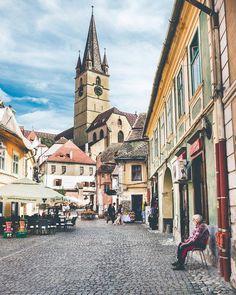 dreamingofgoingthere: Sibiu, Romania - Eurphoria The Beautiful Country, Beautiful World, Sibiu Romania, Places Ive Been, Landscape Photography, Europe, Mansions, Architecture, Street