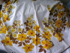 DAYDREAMS AND SUNSHINE: Tablecloth skirt Sewing Crafts, Sunshine, Creativity, Craft Ideas, Skirts, Blog, Repurpose, Skirt