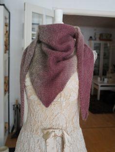 Sidelengs sjal - Evilla Free Knitting, Knit Crochet, Crochet Patterns, Fashion, Threading, Moda, Crochet Chart, La Mode, Crochet