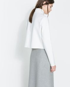 Image 4 of HIGH COLLAR STUDIO TOP from Zara