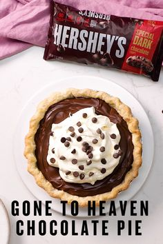 Thanksgiving Desserts, Holiday Baking, Christmas Desserts, Christmas Baking, Thanksgiving 2020, Chocolate Pie Recipes, Chocolate Pies, Chocolate Heaven, Hershey Chocolate Pie