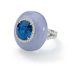 Laura Munder 18k white gold ring, set with lavender jade, a blue sapphire and diamonds