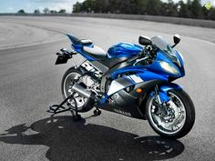 Yamaha R6 - 2011