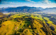 #Traumhafte #Aussicht beim #Paragleiten #Österreich © kaiserwinkl.com Austria, Golf Courses, Hiking, Europe, Mountains, Nature, Travel, Outdoor, Environment