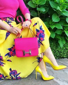 Trendy High Heels For Ladies : Punk n yellow bright n pretty Colour Combinations Fashion, Color Combinations For Clothes, Color Blocking Outfits, Jw Fashion, Fashion Dresses, Womens Fashion, Fashion Trends, Classy Outfits, Chic Outfits