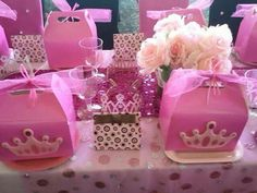 Pink Princess Party Goodie bags - goody bags for kids party - birthday goodie bags - birthday gift ideas - party favors Pink Princess Party, Princess Birthday, Princess Party Favors, Princess Theme, Princess Crowns, Princesse Party, Birthday Fashion, Cinderella Party, Bday Girl