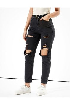 Outfit Jeans, Black Mom Jeans Outfit, Black Ripped Mom Jeans, High Jeans, Black Boyfriend Jeans, High Waisted Mom Jeans, American Eagle Jeans, Curvy Outfits, Jean Outfits