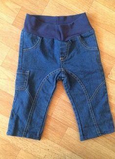 Kaufe meinen Artikel bei #Mamikreisel http://www.mamikreisel.de/kleidung-fur-madchen/hosen-hosen/18470891-susse-neutrale-jeans-hose-in-blau