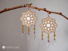 Orecchini di carta Sandstone Mandala | Pezzi unici fatti a mano | orecchini in carta incisa