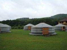 Iurte mongole - Pensiune - la Campul Cetatii.