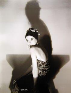 Myrna Loy, 1920's