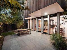 Cozy-Backyard-Terrace-Design-Ideas-with-Concrete-Floor.jpg (600×450)