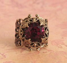 Vintage Garnet  Filigree Ring