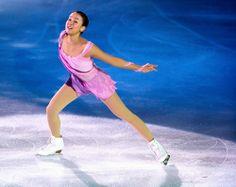 アイスショーで今季のSPを披露した浅田真央 (500×397)  「浅田真央、ソチへ新SP初披露 曲はノクターン」  http://www.asahi.com/sports/update/0724/NGY201307240041.html