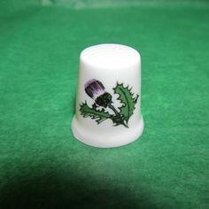 VINTAGE PURPLE THISTLE FLOWER ENGLISH FINE CHINA THIMBLE-T191