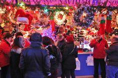 http://guias-viajar.com/madrid/ Mercadillo de Navidad 2013 en plaza Mayor de Madrid